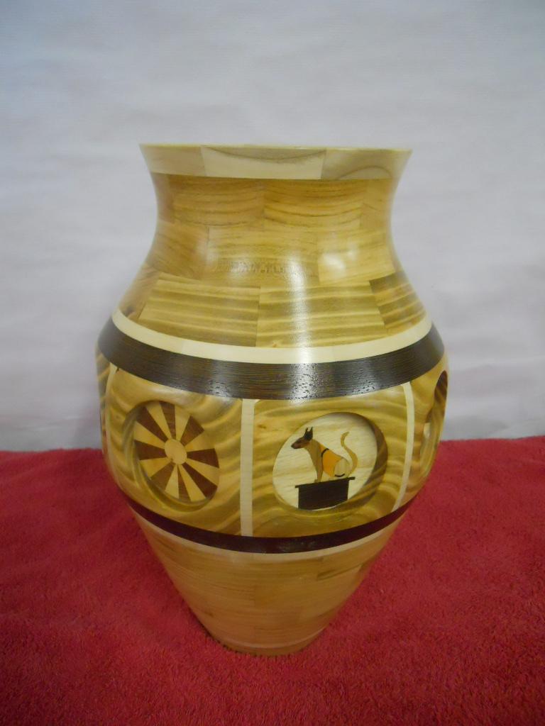 vase avec insertion de marqueterie Dscn1110