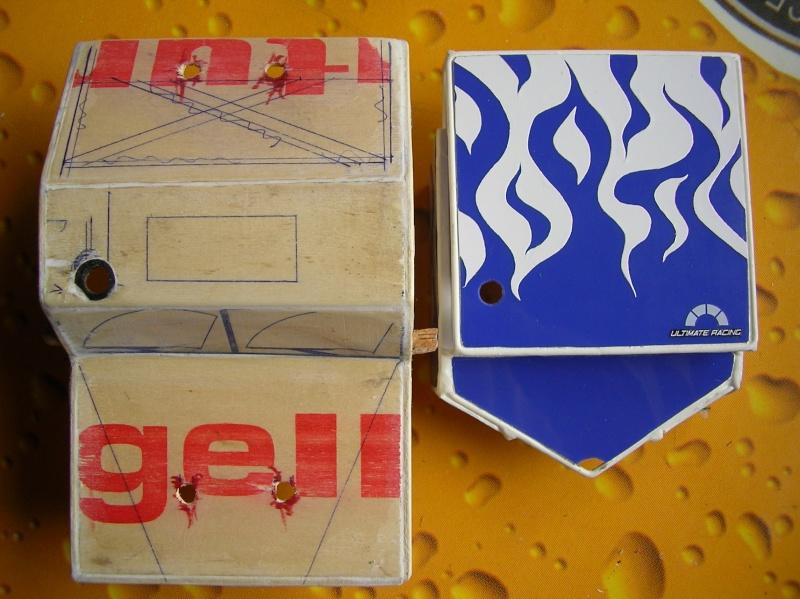 Carrocería con una caja de fruta de madera (para mini inferno) Sany0075