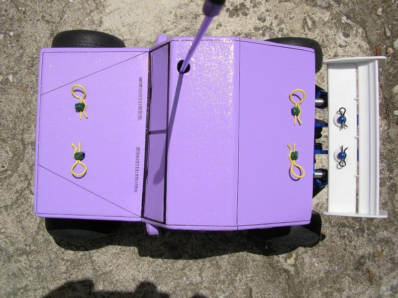Carrocería con una caja de fruta de madera (para mini inferno) - Página 2 Sany0212