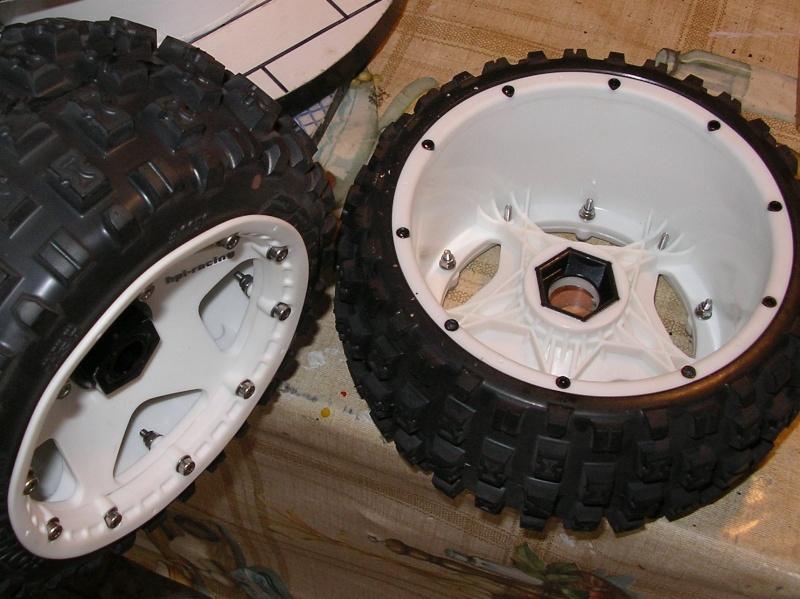 Como evitar que se salgan los aros de las ruedas traseras Tornil11