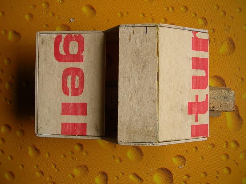 Carrocería con una caja de fruta de madera (para mini inferno) X_510