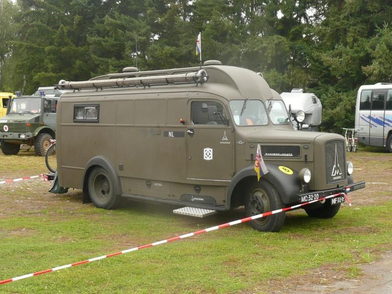 Rassemblement Camions et vide grenier à Mendig Allemagne P1050425