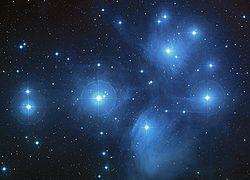 Les Pléiades, ou amas M45 250px-10