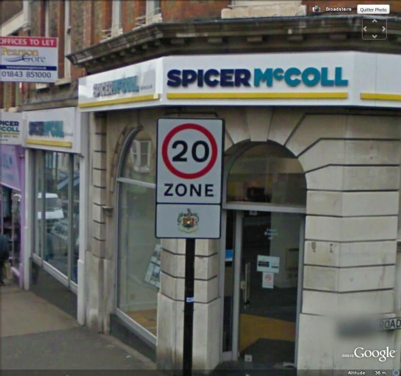 STREET VIEW : Et dire qu'on trouve que 50km/h c'est trop lent ... ( Broadstairs , Angleterre ) 2010