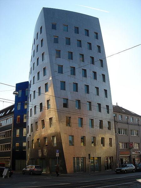 Les réalisations architecturales de Frank Gehry 450px-10