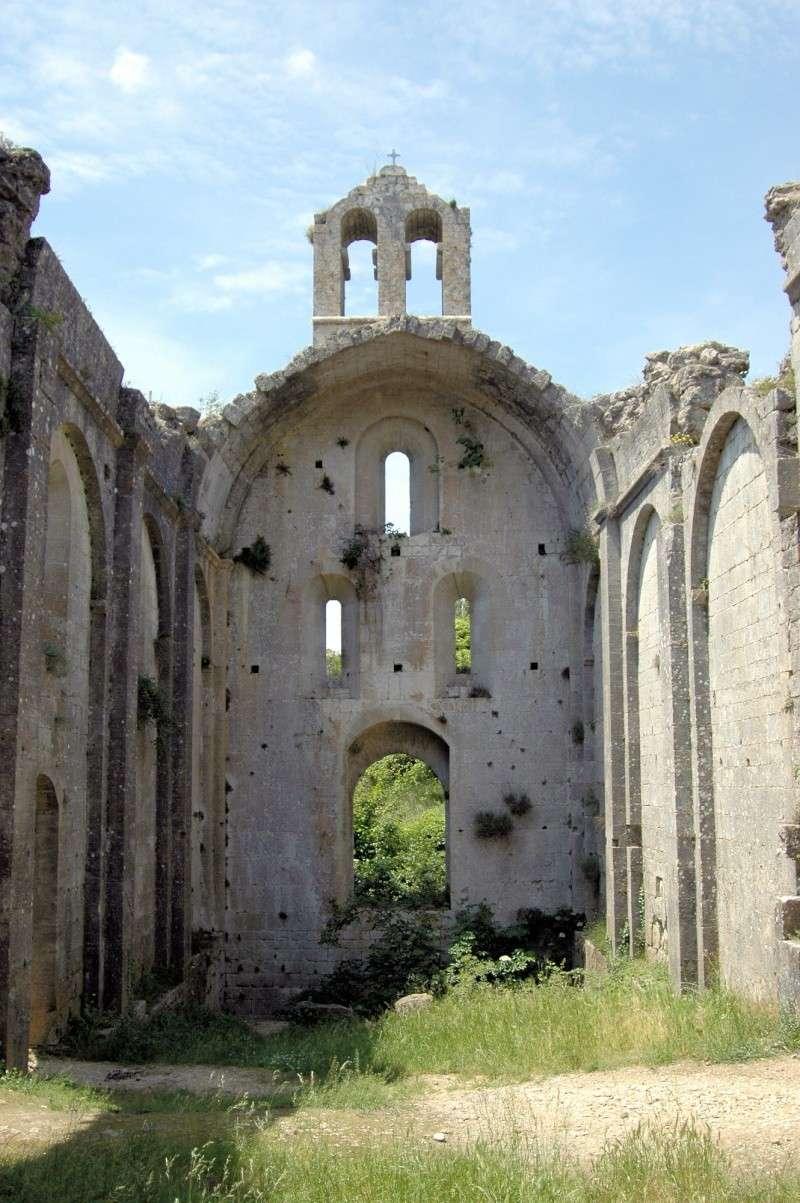 Ruines d'édifices religieux - Page 6 47560410