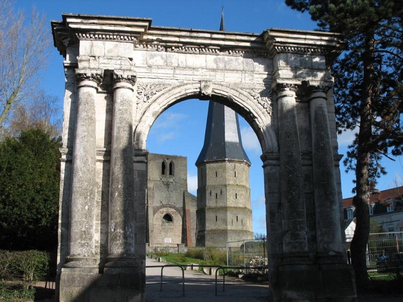 Ruines d'édifices religieux - Page 6 91114110