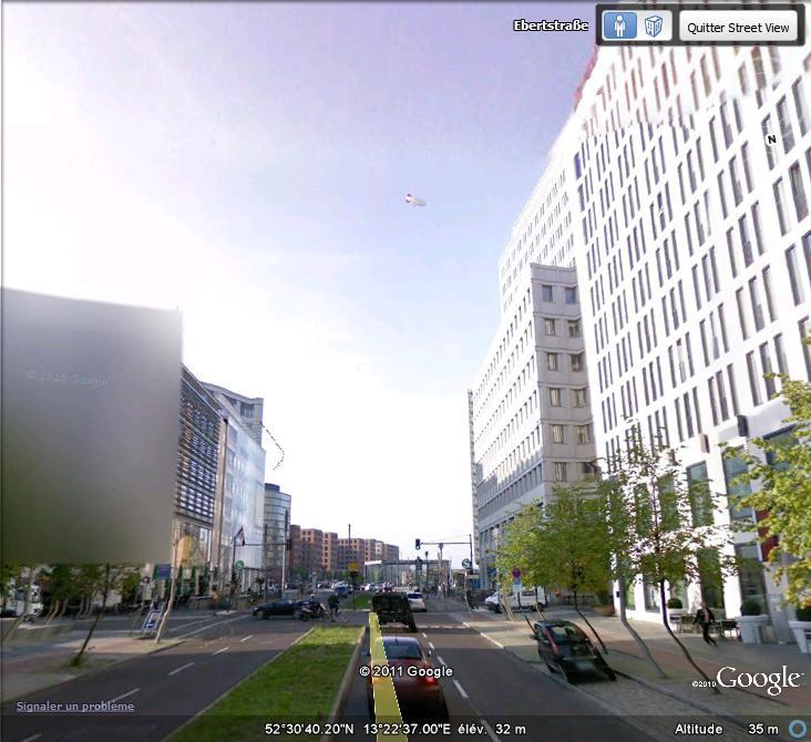 Street View : un dirigable à berlin ( Allemagne )  Dirgab10