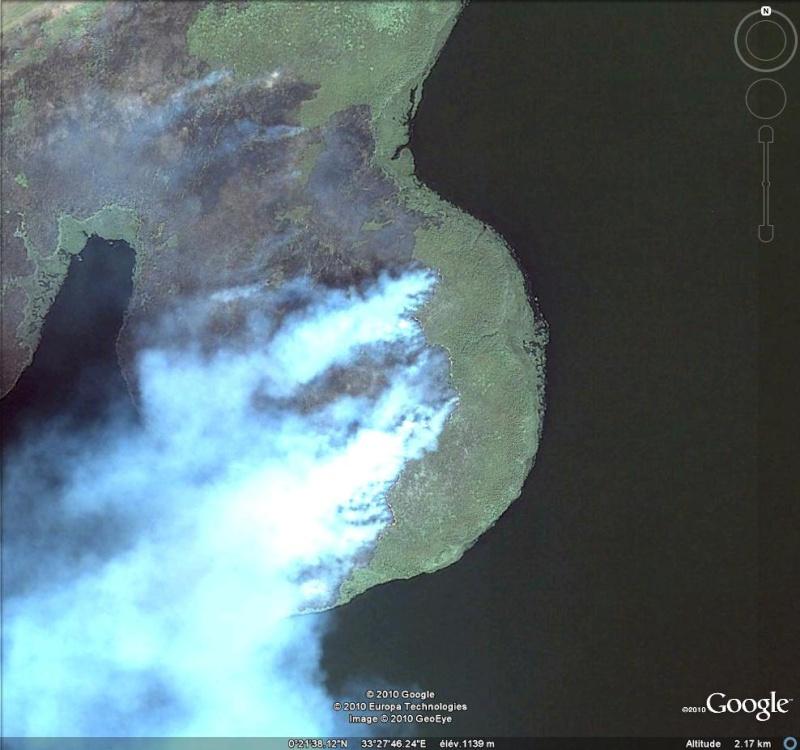 Au feu ! !  [Les incendies découverts dans Google Earth] - Page 6 Feu11