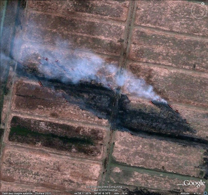 Au feu ! !  [Les incendies découverts dans Google Earth] - Page 7 Feu13