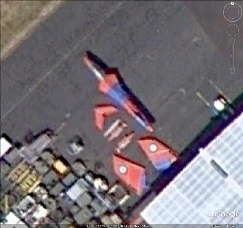 Les avions en pièces détachées repérés grâce à Google Earth Piaces11