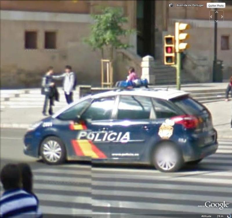STREET VIEW : véhicules de police du monde - Page 6 Police12