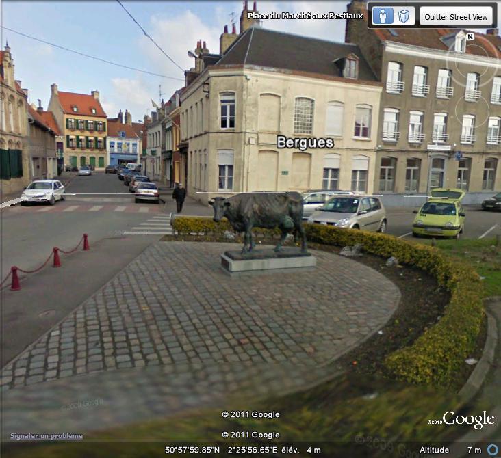 STREET VIEW : Les statues d'animaux dans le monde - Page 2 Vache_10