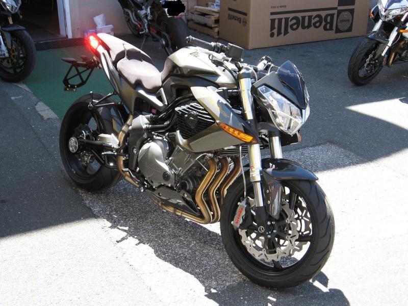 benelli 2011 livrées chez Maniac-Motors Img_4310