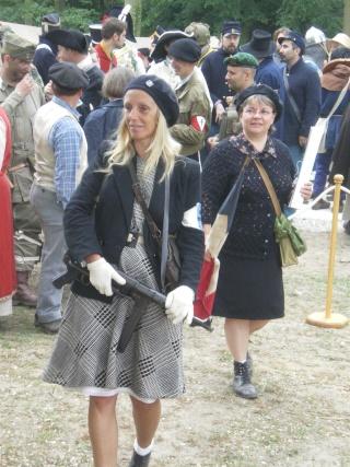 Un groupe de Femmes dans la LUTTE Armée > message aux Femmes du forum et des autres femmes à lire Imgp2410
