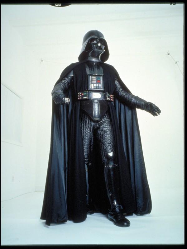 Tout savoir sur le costume de Darth Vader Fave1011