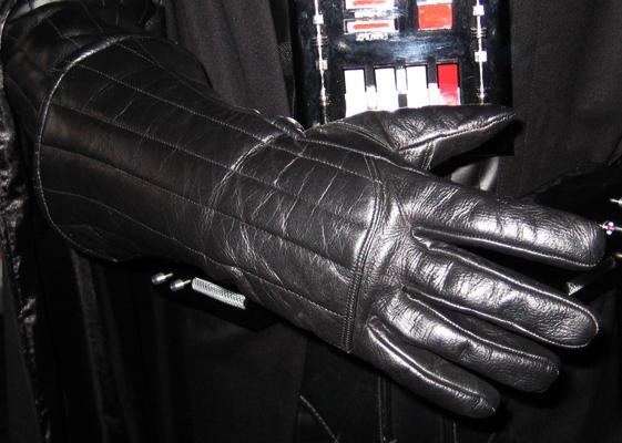 Tout savoir sur le costume de Darth Vader Vader_10