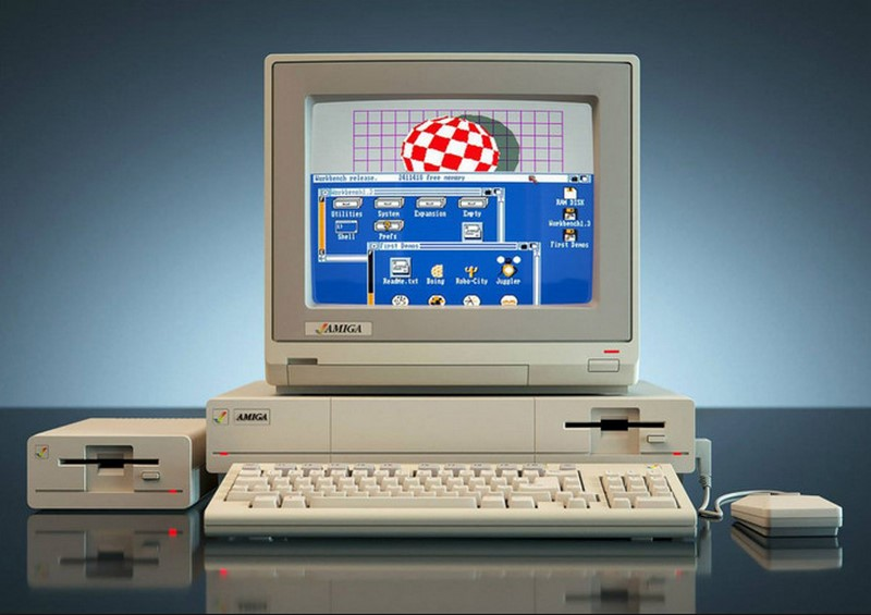 Ordinateurs Commodore Amiga Amiga-11