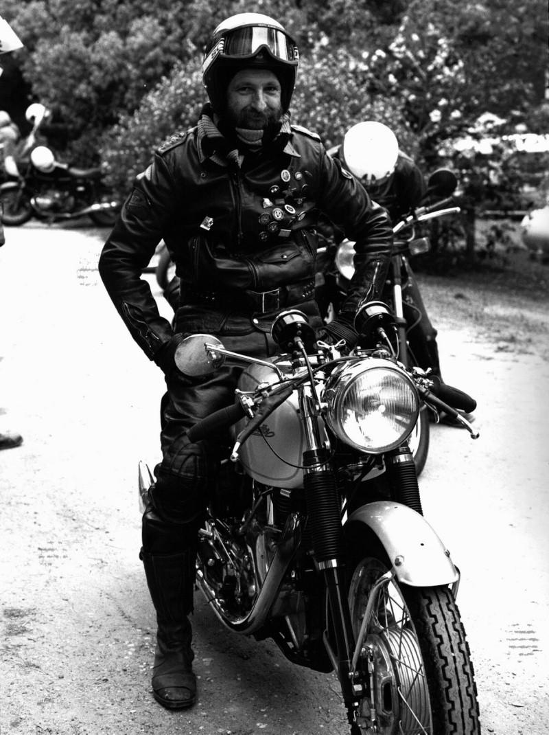 Tony Keene et sa Velocette. Australie, 1986 Tonyke10