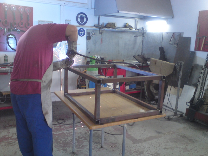 fabrication meuble  Dsc04010