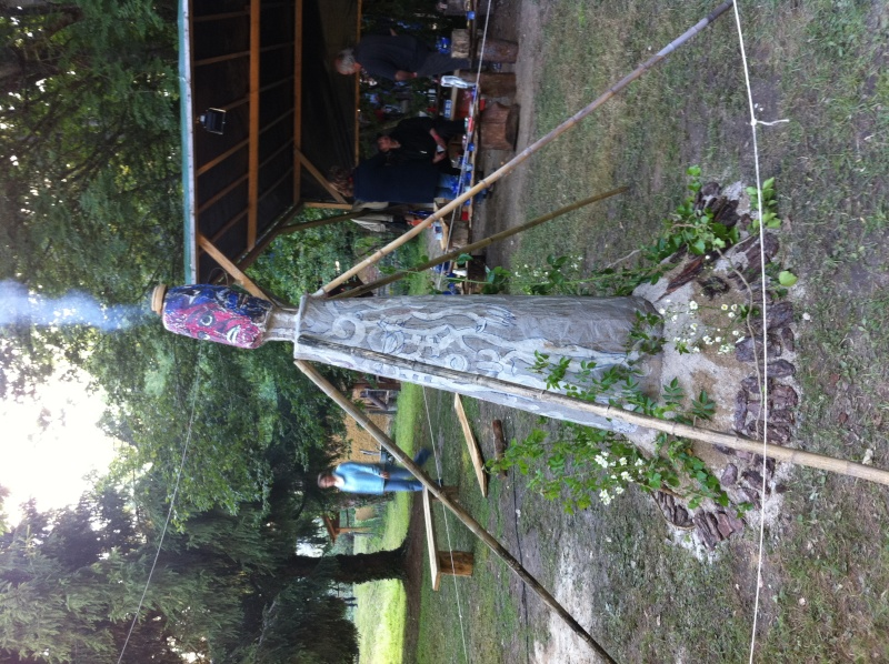 Faut que j'vous raconte  La Ronde des feux de Chaource 2011 Img_0412