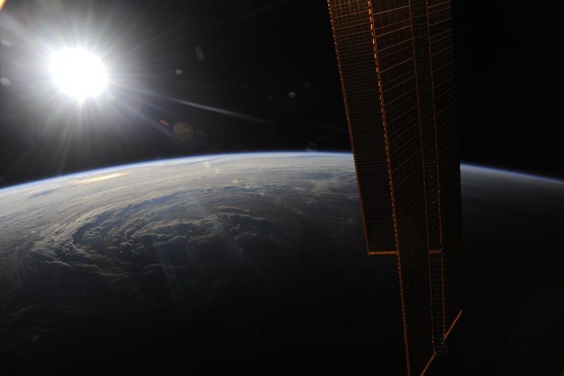 Uragano Earl : foto dalla stazione spaziale ISS 15404111