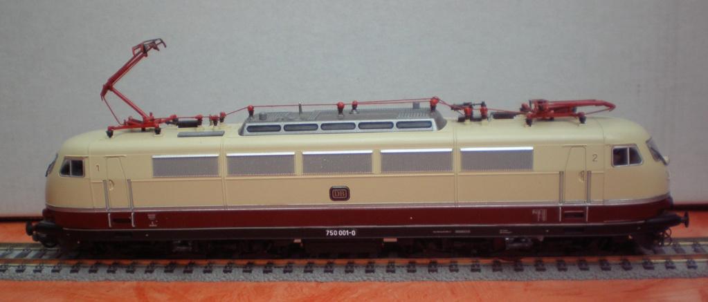 Bahndienstfahrzeug 750 001-0 in Spur HO 750_210