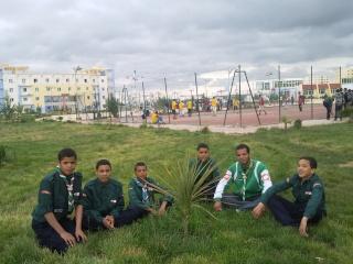 الفوج يشارك الطلبة في إحتفالاتهم 2011-029