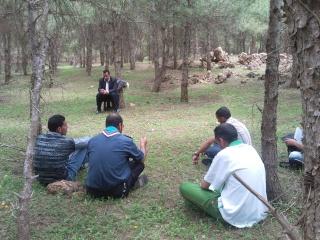 الفوج ينظم رحلة ترفيهية للطلبة المقبلين على إمتحان البكالوريا 2011-040