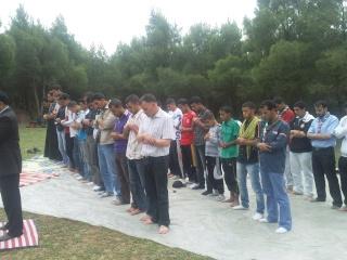 الفوج ينظم رحلة ترفيهية للطلبة المقبلين على إمتحان البكالوريا 2011-041