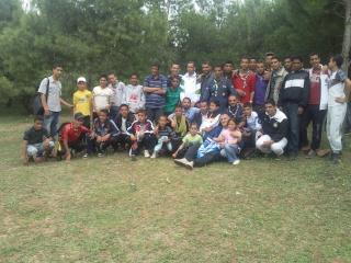 الفوج ينظم رحلة ترفيهية للطلبة المقبلين على إمتحان البكالوريا 2011-043