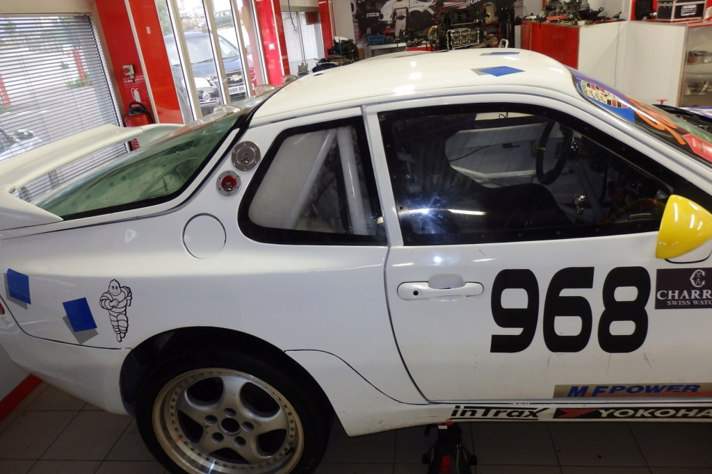 [968 TURBO] Une 968 turbo Rs replica pour courrir - Page 4 Pb140026