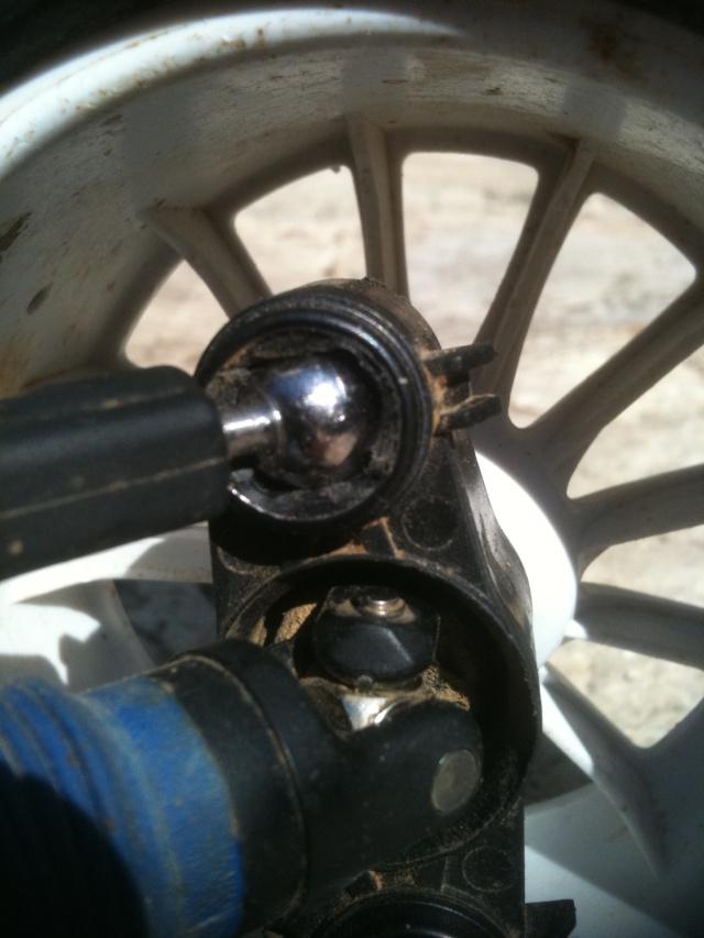Réglages chassis pour piste TT lente avec nombreux virages - Page 5 00515