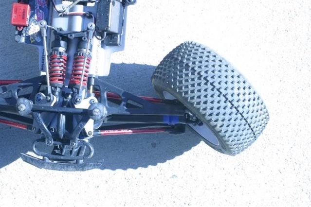 Réglages chassis pour piste TT lente avec nombreux virages - Page 2 Trrevo11