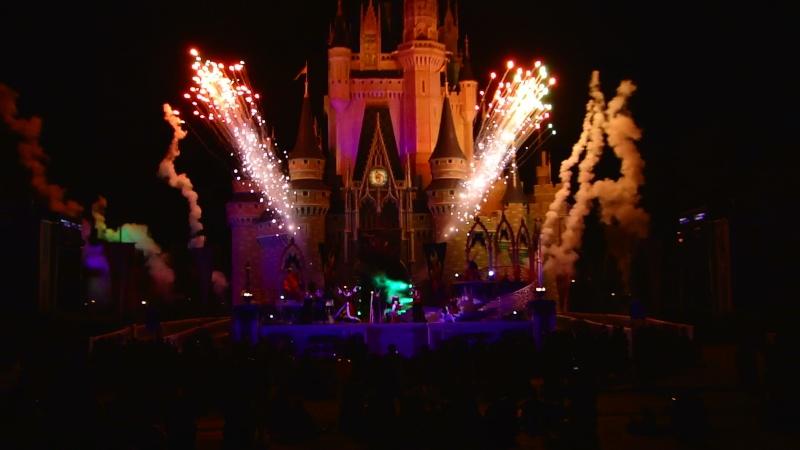 Vos photos des feux d'artifice et show nocturne ! Mah01615