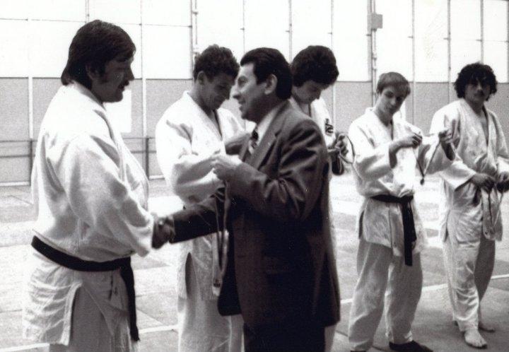 Mouzaoui Saadi (Akkar Aokas) champion de France 1975 en judo. 16451410