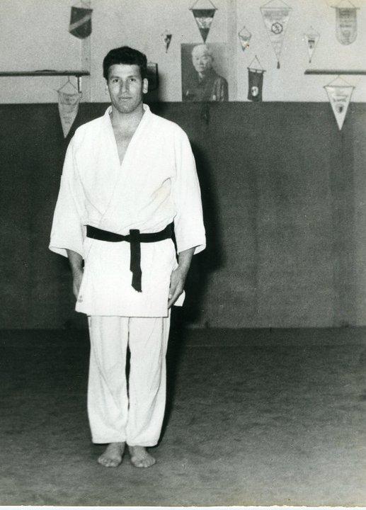Mouzaoui Saadi (Akkar Aokas) champion de France 1975 en judo. 16762710