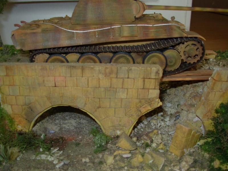petit pont normand......passe ou passe pas ???????(panther tam 1/35eme+ zim verlinden fig dragon,tam) Dscn0015