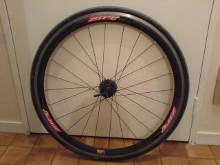 Vend une Paire de roue Zipp 303 à  pneu Roue_a16