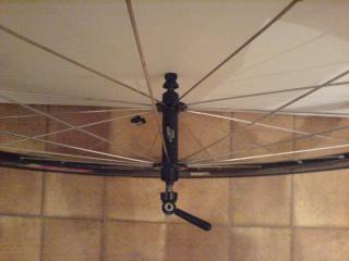 Vend une Paire de roue Zipp 303 à  pneu Roue_a17