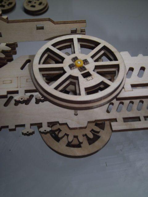 Lokomotive LK701 von ROKR Achse_11