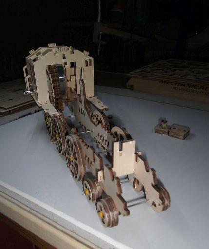 Lokomotive LK701 von ROKR Achsen11