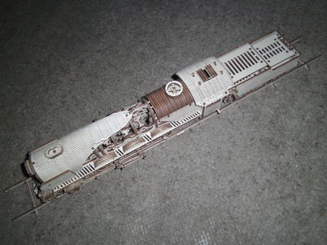 Lokomotive V-Express mit Tender von UGEARS Bild5510