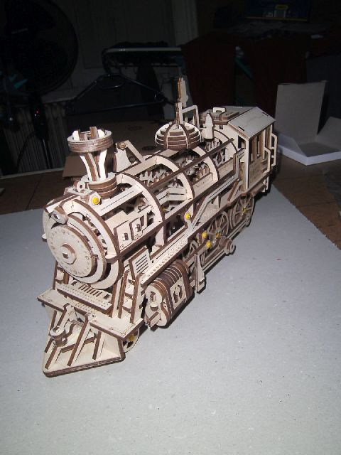 Lokomotive LK701 von ROKR Fertig10
