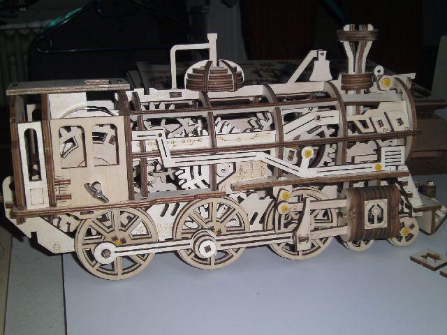 Lokomotive LK701 von ROKR Gestzi10