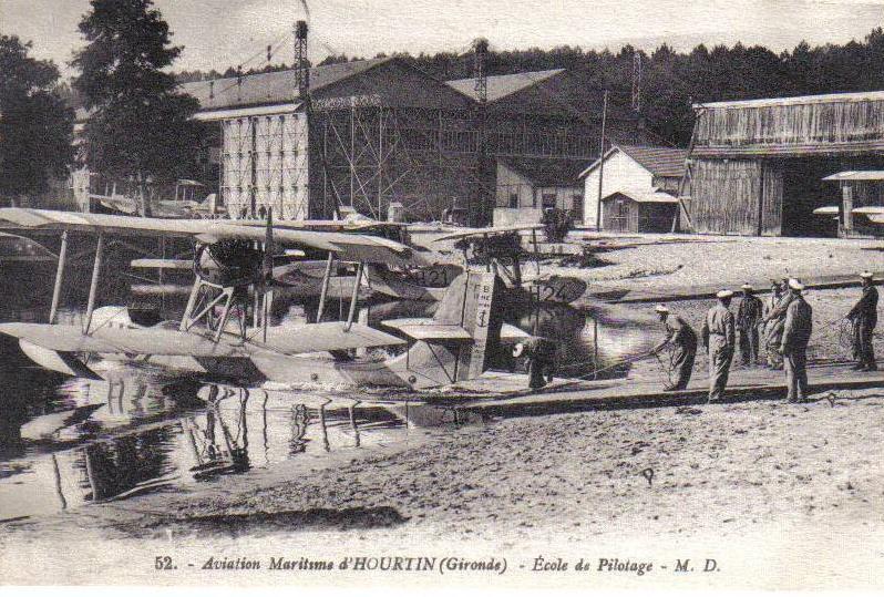 HOURTIN MARINE 1946. 305_0010