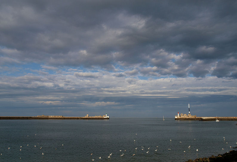 Ciel menaçant sur Le Havre Digues10