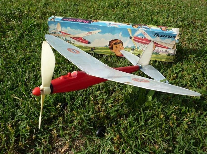 Gunther Flug-Spiele (jouets volants) Avi310