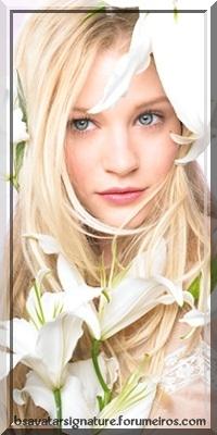Emilie De Ravin 009_ca10