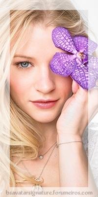 Emilie De Ravin 600ful10